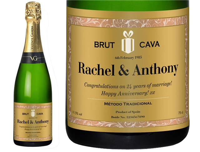 Personalised Cava with Classic Gold Label in a Gold Gift Box