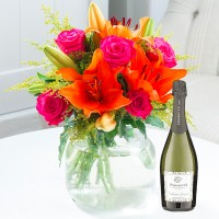 Cheerful Lily & Rose & Prosecco