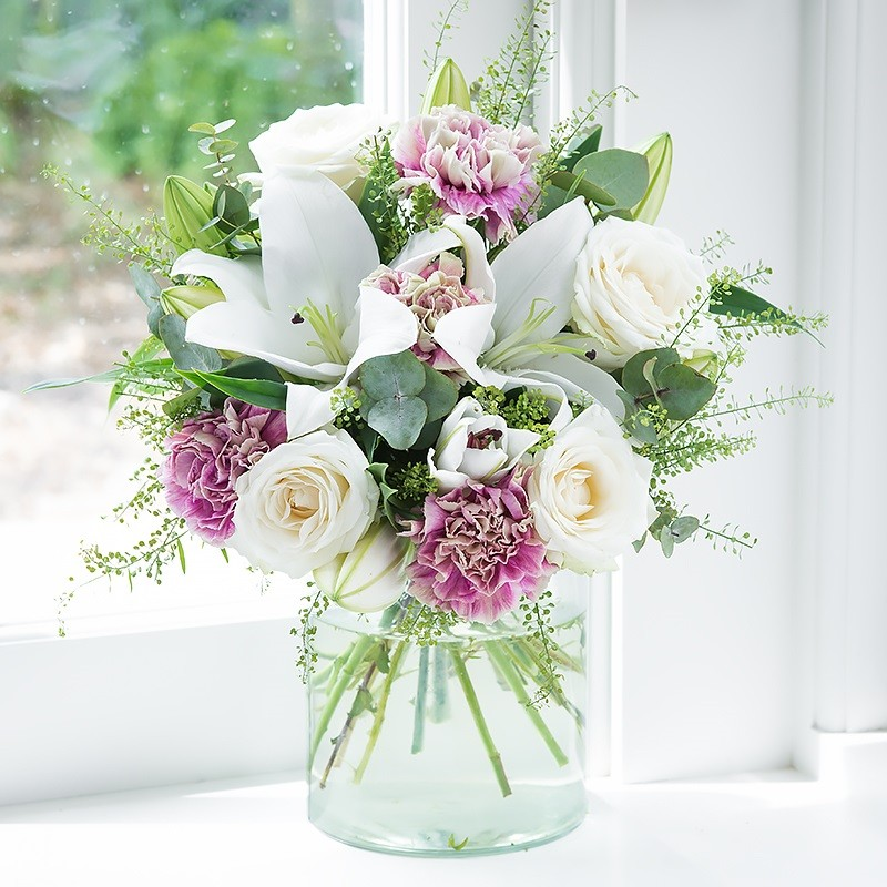 Flowers by post flower delivery across the uk blossoming gifts mightylinksfo