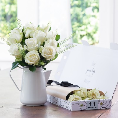 White flowers beautiful white flower bouquets blossoming gifts letterbox 12 white roses mightylinksfo