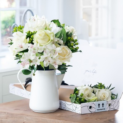 White flowers beautiful white flower bouquets blossoming gifts letterbox pina colada mightylinksfo