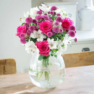 Pink flowers beautiful pink flower bouquets blossoming gifts shortbread mightylinksfo