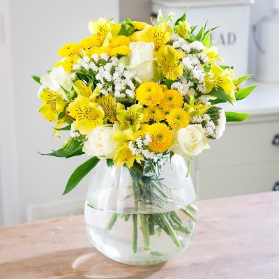 Yellow flowers beautiful yellow flower bouquets blossoming gifts yellow flowers mightylinksfo